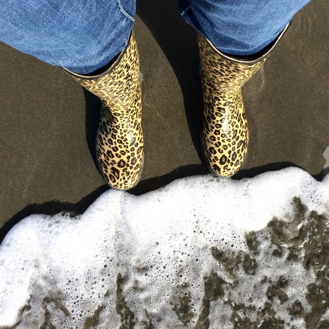 Boots ocean - Copy